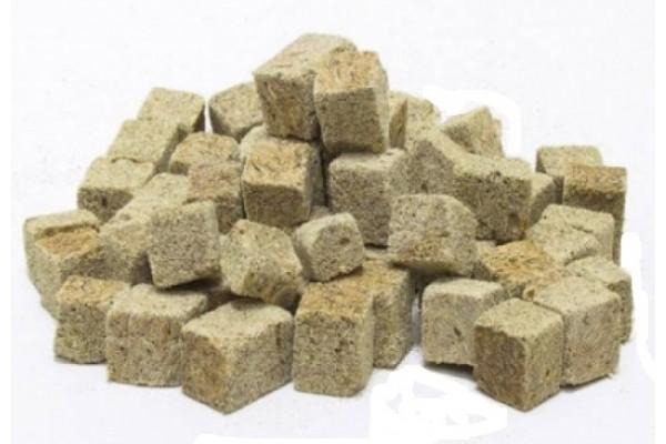 Liofilizált kockázott tubifex 250 ml / 25 g